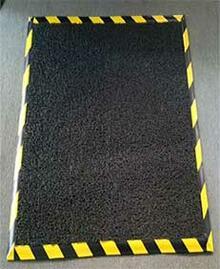 alfombra tapete con desinfectante